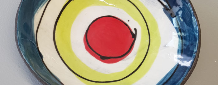 Allison_Wiffen_red_yellow_blue_bowl